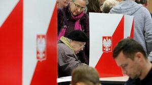 Полша въведе годишен бонус за пенсионерите в размер на една минимална пенсия