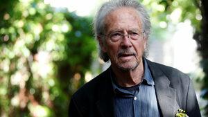 Петер Хандке отвърна на критиката за присъдената му Нобелова награда