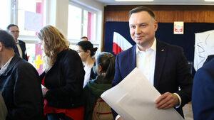 """Полски съд: Да се говори за """"мафиотска държава"""" по адрес на властта не е клевета"""