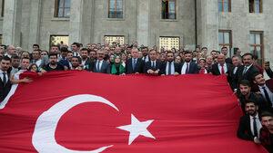 Ердоган: Турската офанзива в Сирия ще спре, когато кюрдите свалят оръжие