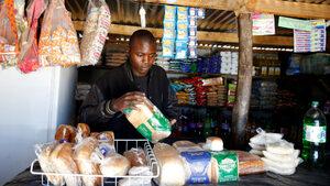 В Зимбабве хлябът поскъпна с 60% за една нощ