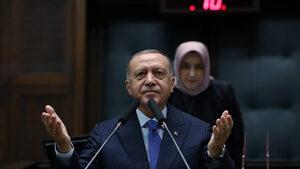 """Ердоган прие покана да посети Путин и обяви, че """"никоя сила"""" не може да го спре в Сирия"""