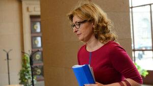 Екатерина Захариева замина за Москва, утре се среща с Лавров