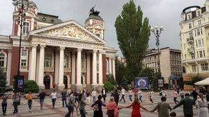 Ще гласувам за този, който спре декоративния патриотизъм в София