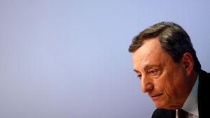 """От пруска каска до граф """"Драгила"""" - бурният мандат на Драги начело на ЕЦБ"""