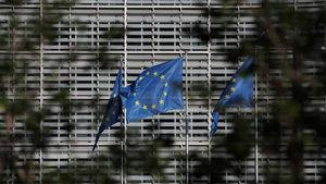 ЕК раздели България от Румъния, но обещава наблюдение и за в бъдеще