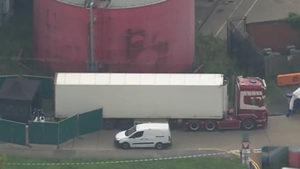 Британската полиция откри 39 тела в контейнер на камион, смята се, че е дошъл от България