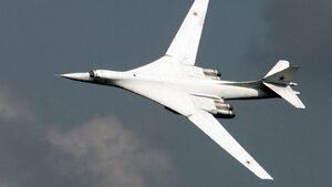 Руски стратегически бомбардировачи Ту-160 за първи път кацнаха в Южна Африка