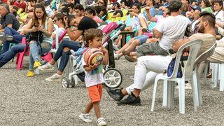 """Фотогалерия: Да преживееш Русия - Испания във фен зоната на стадион """"Юнак"""""""