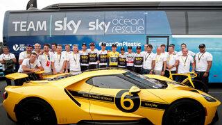"""Фотогалерия: Коронясването на Герант Томас с титлата в """"Тур дьо Франс"""""""