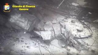 """Видео: Нов запис от рухването на моста в <span class=""""highlight"""">Генуа</span>"""