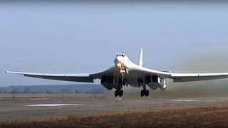 Видео: Ракети, подводници, бомбардировачи - Русия тренира днес ядрените си сили