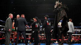 Фотогалерия: Боксовата битка между Уайлдър и Фюри