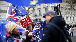 Повечето британци искат оставане в ЕС, показа ново проучване