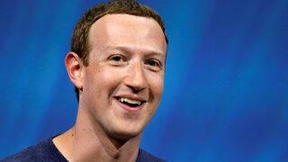 """Потребителите на """"Фейсбук"""" се увеличават въпреки скандалите"""