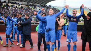 """Видео: Шампионски песни в съблекалнята на """"Левски"""" след победата в дербито"""