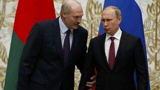 Лукашенко поиска по-близки връзки с НАТО в разгара на преговори с Русия