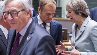 ЕС тази седмица ще реши има ли смисъл да отлага Брекзит