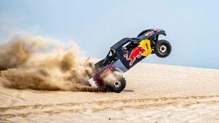 """Видео: Екстремното забавление на шампиона от <span class=""""highlight"""">рали</span> """"<span class=""""highlight"""">Дакар</span>"""" по дюните на Катар"""