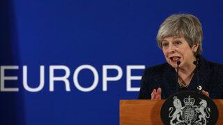 Решаваща седмица за Брекзит: Мей може да получи последен шанс да спаси сделката си