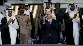 Фотогалерия: Добре дошли на първия открит стадион за световното в Катар