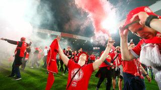 Фотогалерия: Клубът на техните сърца, който стигна до Бундеслигата