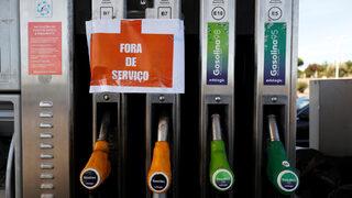 """Превозвачите на гориво в <span class=""""highlight"""">Португалия</span> плашат с празни бензиностанции"""