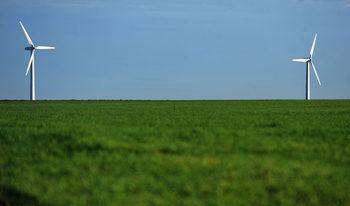 Бизнесът: България е представила завишени данни за зелената енергия на ЕК | От бранша се опасяват, че грешните данни водят до неправилни рестрикции в сектора