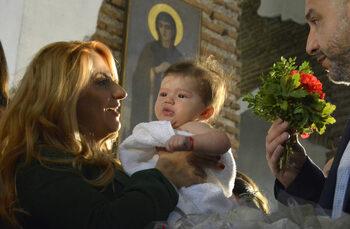 Фотогалерия: Най-голямото кръщене в България
