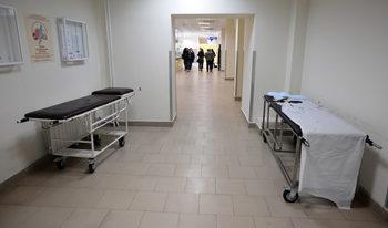 Шефове на държавни болници декларират високи доходи