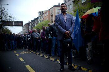 Данъчни излязоха на протест заради очаквани съкращения