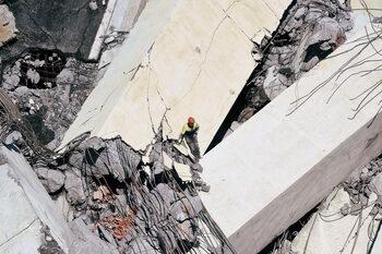 Срутването на моста в Генуа не е можело да се предвиди, уверява поддържащата фирма