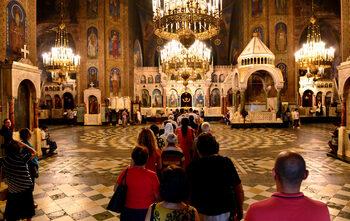 Фотогалерия: В църква на Света Богородица