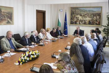 Георги Марков отрече, че воденият от него комитет за единение ще прави президентска партия