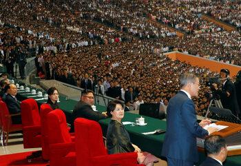 Гостът от Южна Корея донесе на Ким зрелищния театър, от който той се нуждаеше