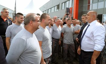 Държавата ще облекчи процедурите за износа на оръжие, каза Борисов