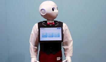 Японско заведение ще използва за сервитьори роботи, управлявани от хора с увреждания
