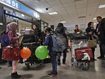 Съдия в САЩ забрани спирането на програма за закрила на мигранти от 4 страни