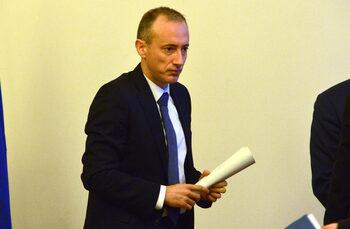 Плагиатството не е само български проблем, обяви министърът на образованието