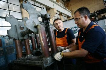 Одитът на БДЖ показа нарушения в обществените поръчки, сменени са двама шефове