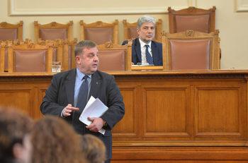НАТО не е искало от България засилване на присъствието в Черно море, обяви Каракачанов