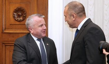 И президентът се срещна със заместник-държавния секретар на САЩ