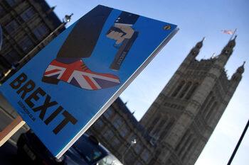 Еврокомисията ще обяви план за действие при Брекзит без сделка