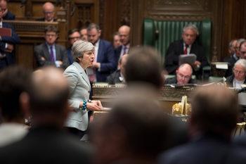 Британските депутати гласуваха да поемат контрол върху Брекзит за ден