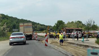 Близо 1 млн. лв. ще струва ремонтът на всеки километър по пътя между Дупница и Самоков