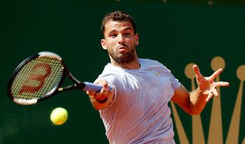 Григор Димитров започна с трудна победа на турнира в Барселона