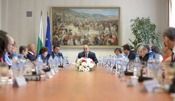 Обсъждане при президента: Новият главен прокурор да бъде независим и от системата
