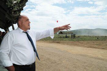 Борисов: С бъдещите F-16 ще пазим и Северна Македония, че не завиват бързо