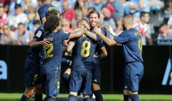 """След 818 дни """"Реал"""" (Мадрид) отново е пред """"Барселона"""""""