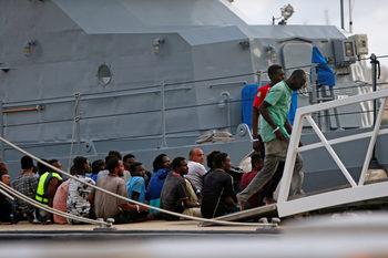 Страните от ЕС не успяха да договорят план за разпределяне на спасени мигранти